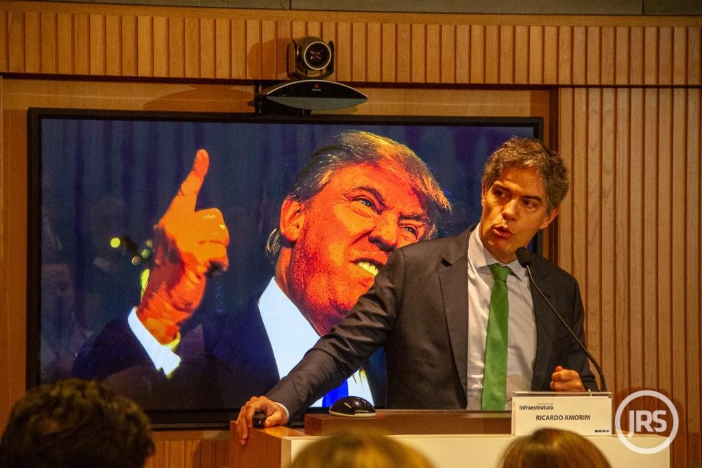 O economista Ricardo Amorim no Seminário de Infraestrutura