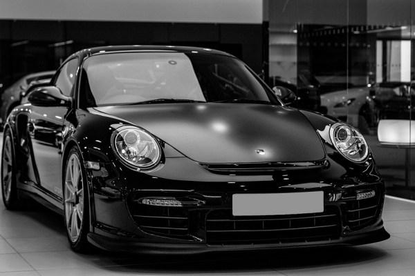 Porsche é o novo cliente da Allianz Partners