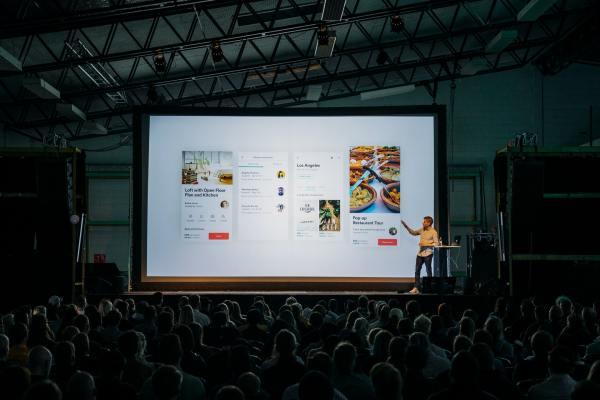 Evento híbrido: 5 vantagens para investir no modelo que une público físico e online