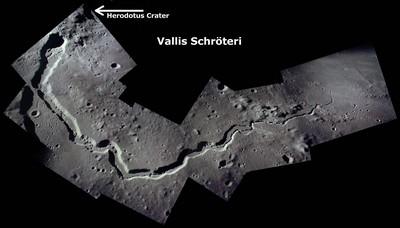 gambar permukaan bulan -rille berkelok