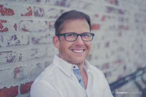 LOOKS Greg Pace NYC TV Producer Portraits-6