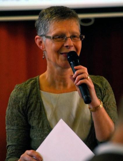 Susan ministering at Glen Aros Church