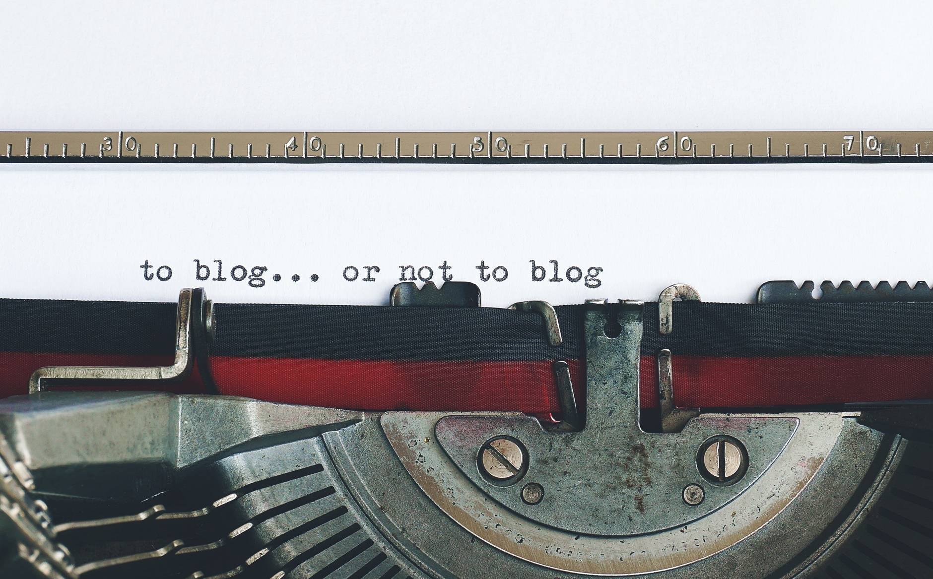 writing ghostwriting blogging cloud IT tech a vintage typewriter