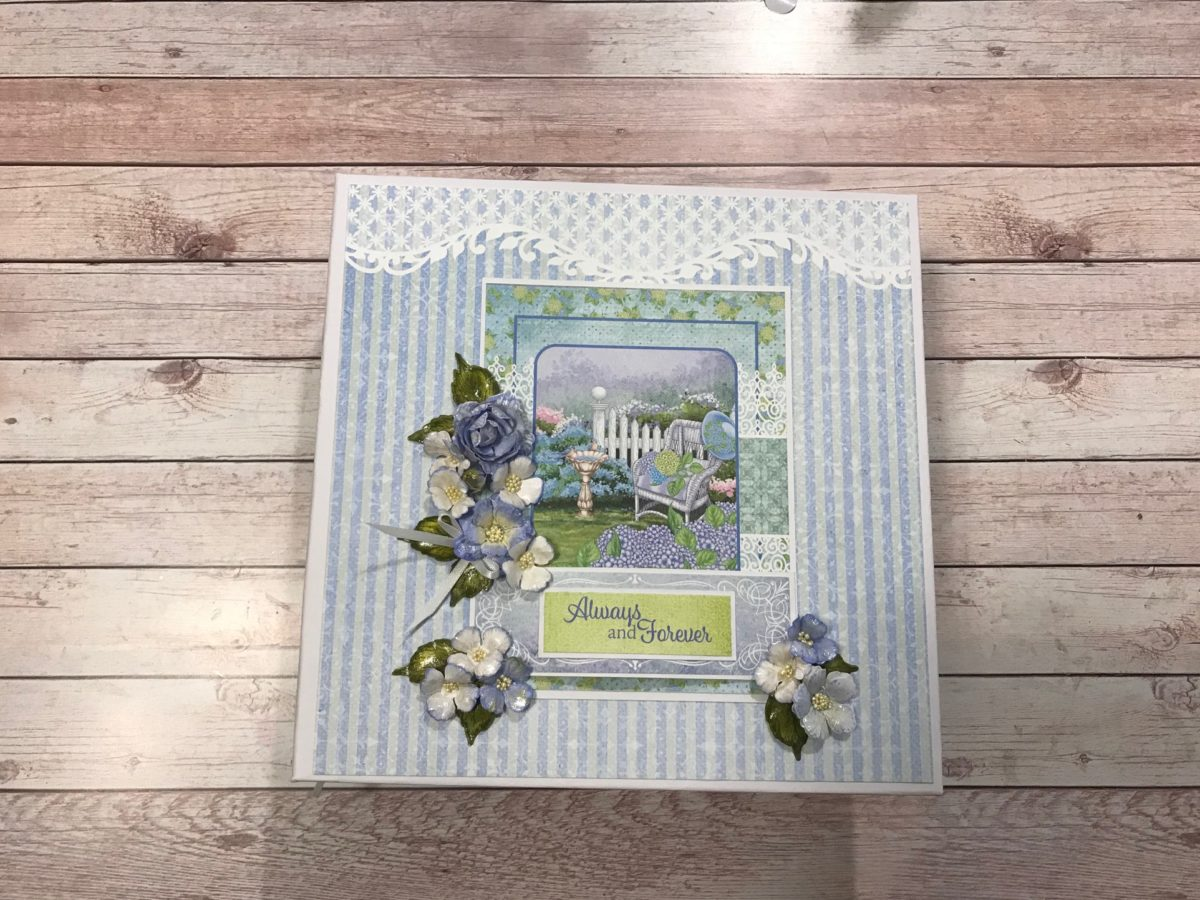 Beginner's Heartfelt Creations Cottage Garden 8 x 8 Album