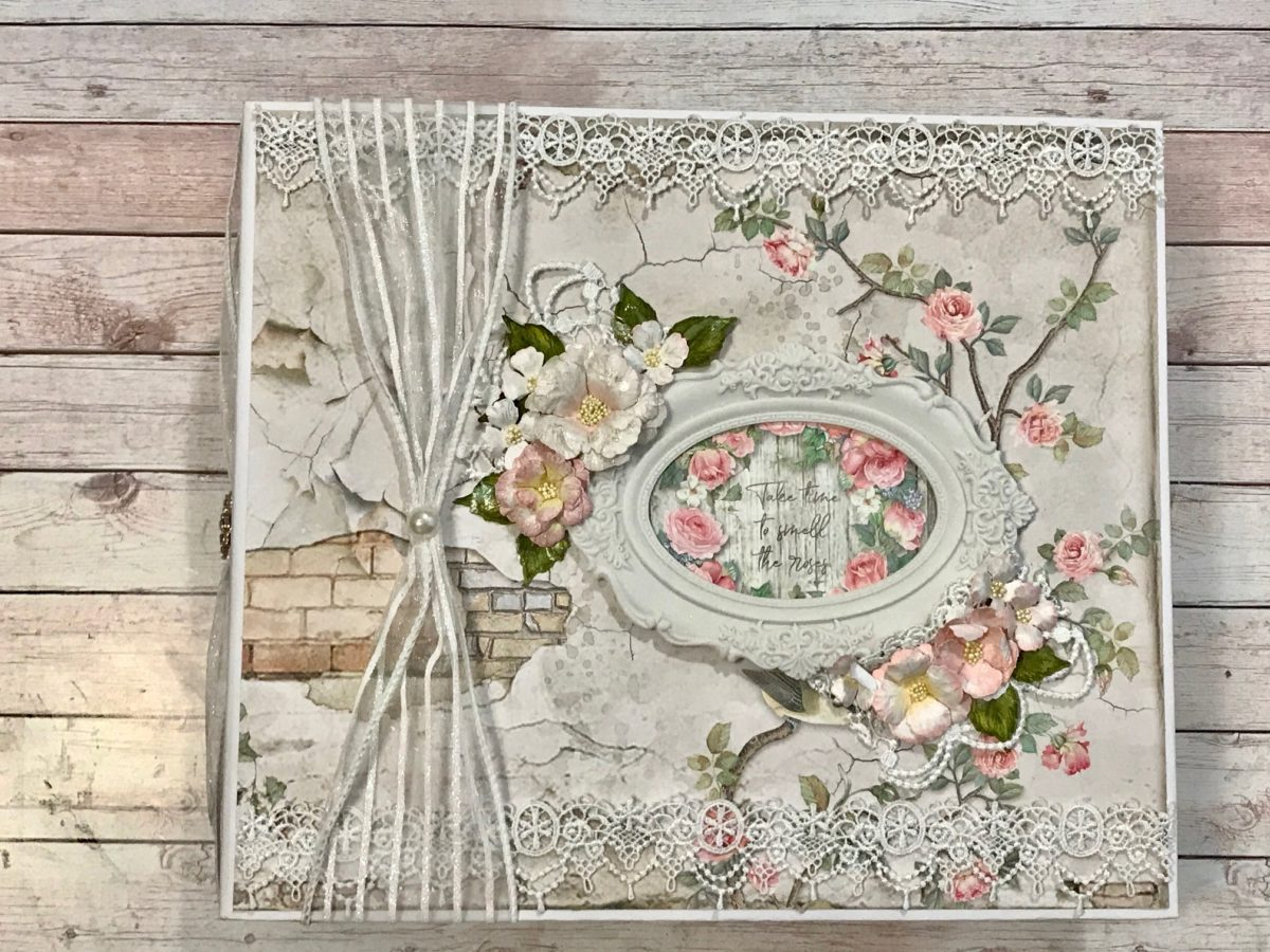 Stamperia House of Roses Large Album Tutorial