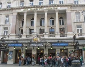 Her Majesty's Theatre ハー・マジェスティー・シアター