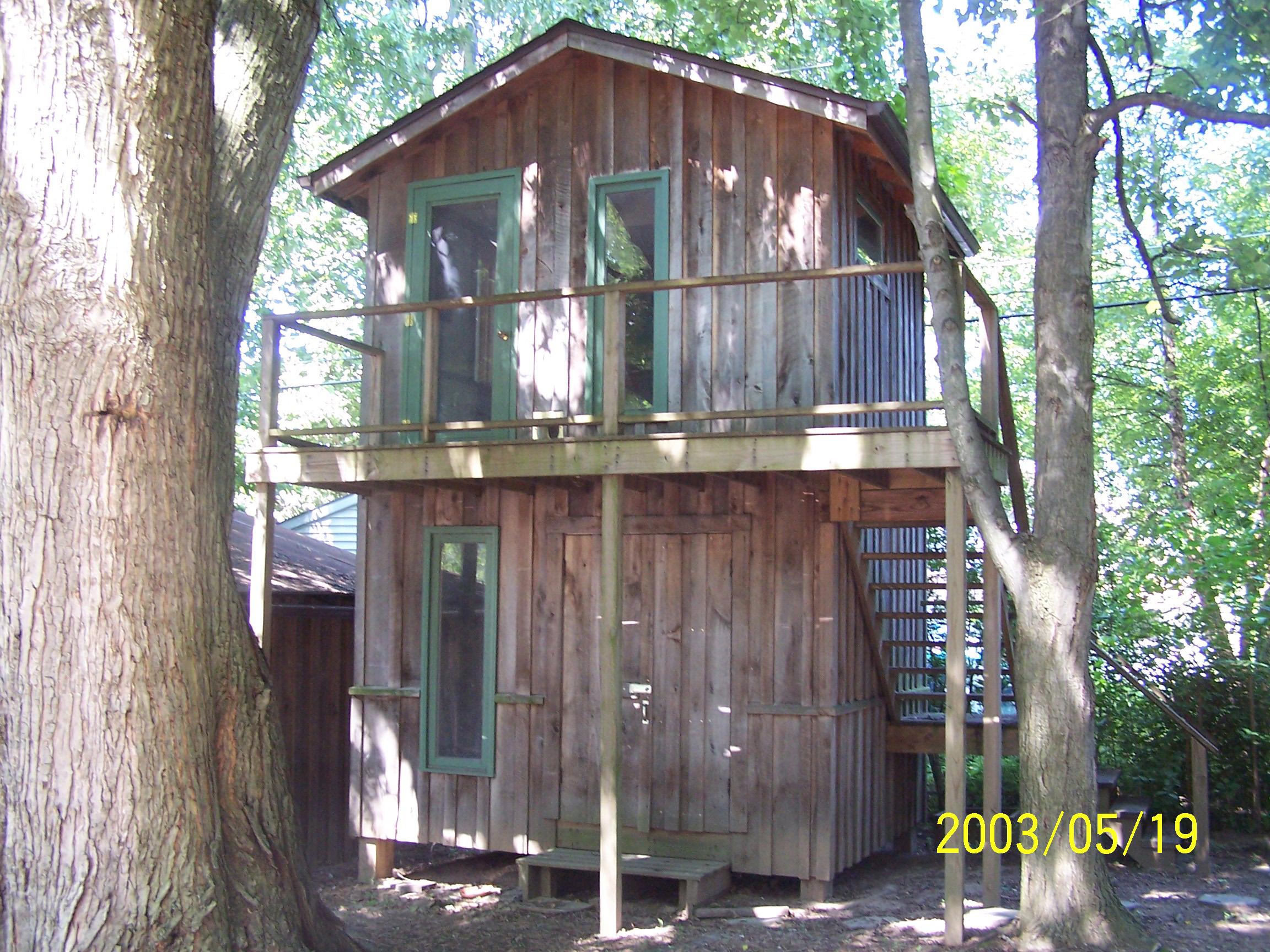 treehouse-blmfld-72007