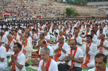 21st June JS Yog International Yoga Day Yashwant Stadium, Nagpur CM Devendra Fadnavis Union Minister Nitin Gadkari_139