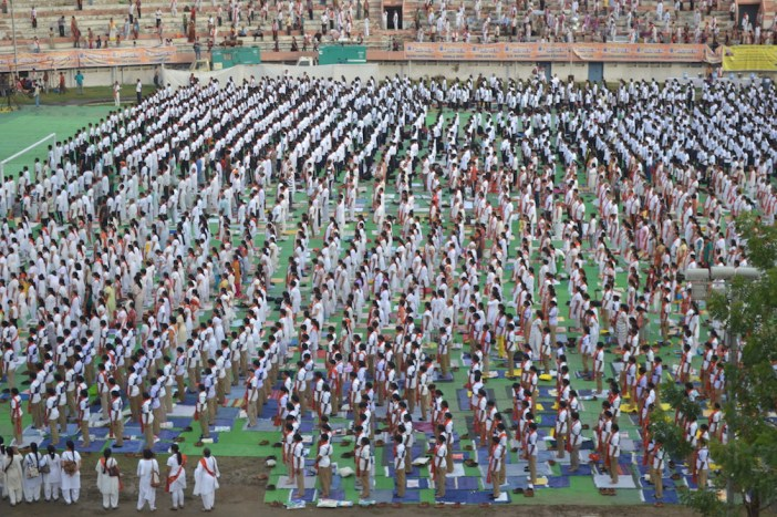 21st June JS Yog International Yoga Day Yashwant Stadium, Nagpur CM Devendra Fadnavis Union Minister Nitin Gadkari_5