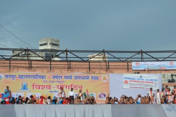 21st June JS Yog International Yoga Day Yashwant Stadium, Nagpur CM Devendra Fadnavis Union Minister Nitin Gadkari_53