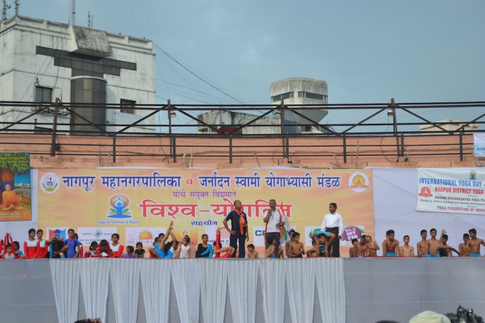 21st June JS Yog International Yoga Day Yashwant Stadium, Nagpur CM Devendra Fadnavis Union Minister Nitin Gadkari_58