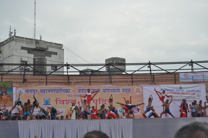 21st June JS Yog International Yoga Day Yashwant Stadium, Nagpur CM Devendra Fadnavis Union Minister Nitin Gadkari_78
