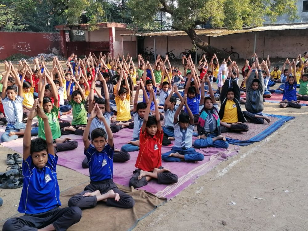 Madan-Gopal-School-23-11-19-Inter-School-Yoga-Competition-training-2019