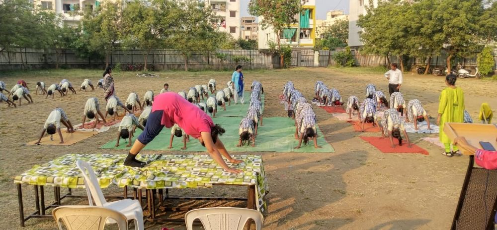 Navchaitanya-uchcha-prathamik-shala-29-11-19-Inter-school-yoga-competition-training-2019-1