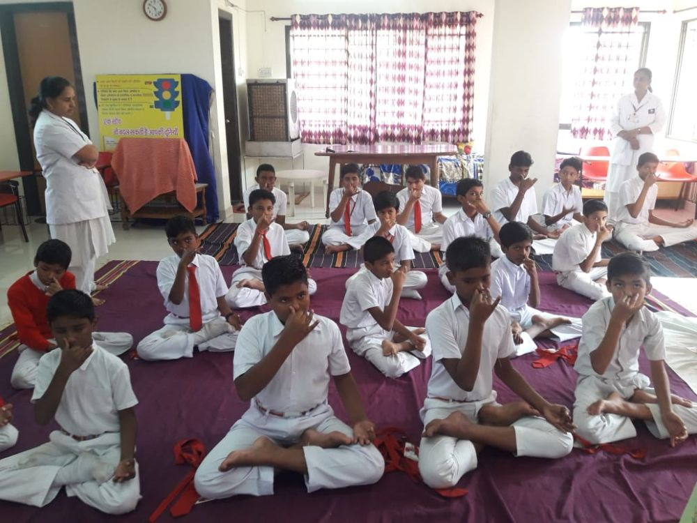 New-Meridian-Convent-23-11-19-Inter-School-Yoga-Competition-training-2019-2