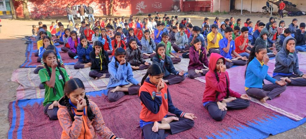 Madangopal-high-school-30-12-19-Inter-school-yoga-competition-training-2019-1