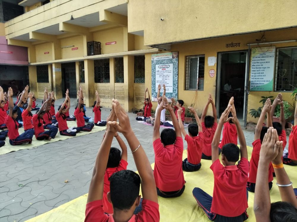 Pratap-nagar-vidyalay-4-12-19-Inter-School-yoga-competition-training-2019