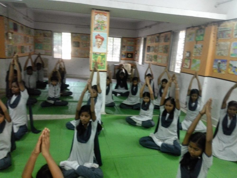 Tilak-Vidyalay-dhantoli-9-12-19-Inter-school-yogasan-competition-training-2019