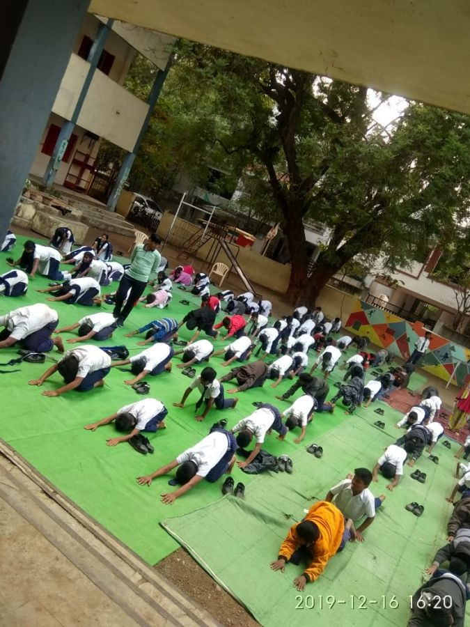 Tilak-vidyalay-16-12-19-Inter-school-yoga-competition-training-2019-1