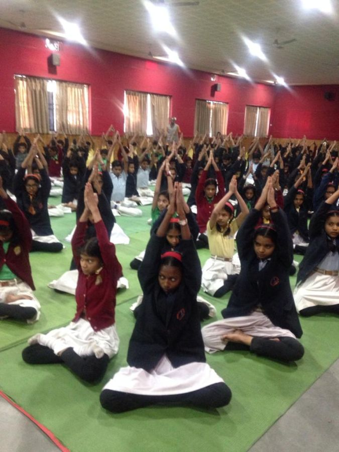 Somalwar-khamla-school-11-1-20-Inter-school-yogasan-competition-training-2019-2