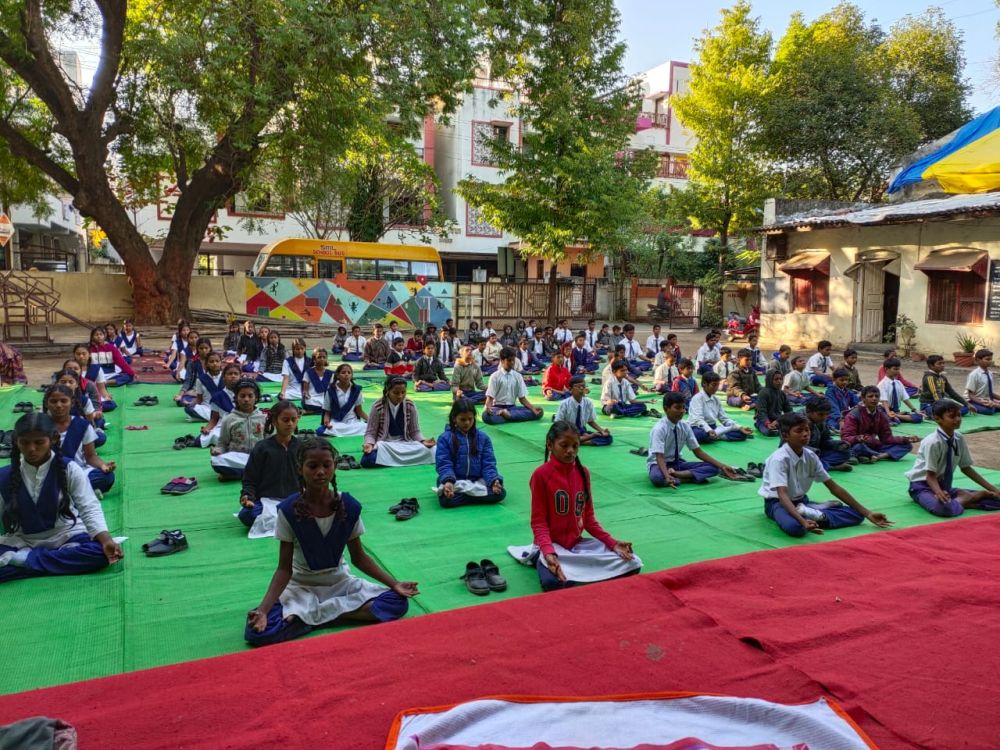 Tilak-School-6-1-20-Inter-school-yogasan-competition-training-2019