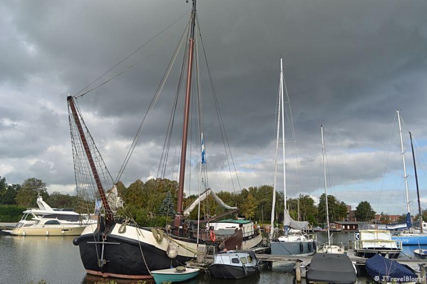 De haven van Muiden tijdens de 3e etappe van het Westerborkpad