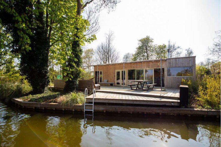 Cabin in Rotterdam/Zuid-Holland via Natuurhuisje.nl