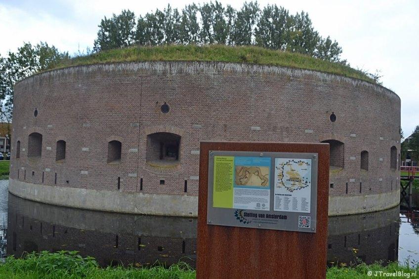 Fort Ossenmarkt in Weesp, onderdeel van De Stelling van Amsterdam