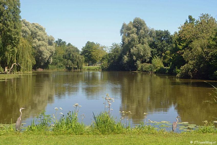 Het Flevopark tijdens de 1e etappe van het Westerborkpad