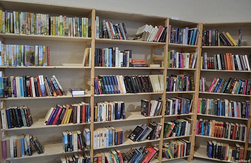 Boeken bij Kringloopwinkel RataPlan in Hoofddorp