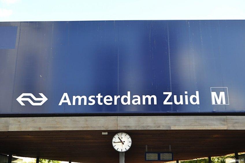 NS Station Amsterdam Zuid, het begin- en eindpunt van mijn wandeling langs het groene deel van de Amsterdamse Zuidas