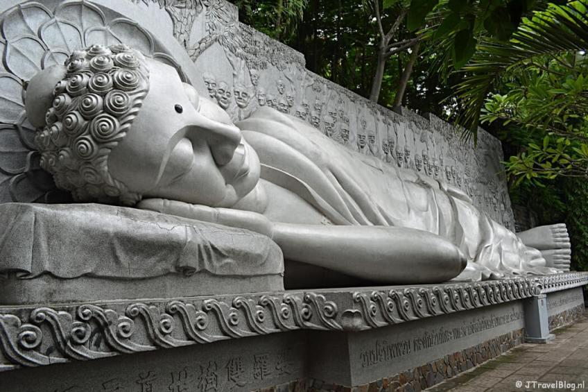 De Long Son Pagode in Nha Trang
