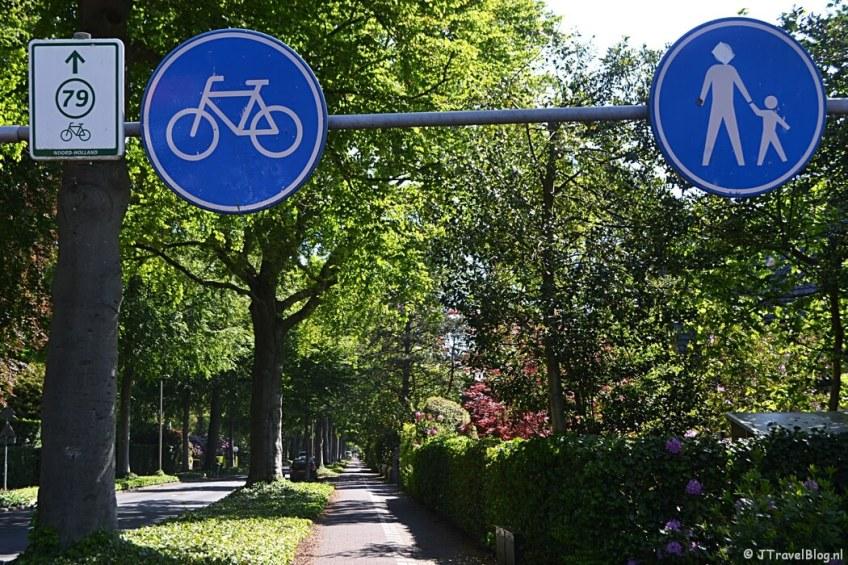 De Brediusweg in Bussum tijdens de 5e etappe van het Westerborkpad