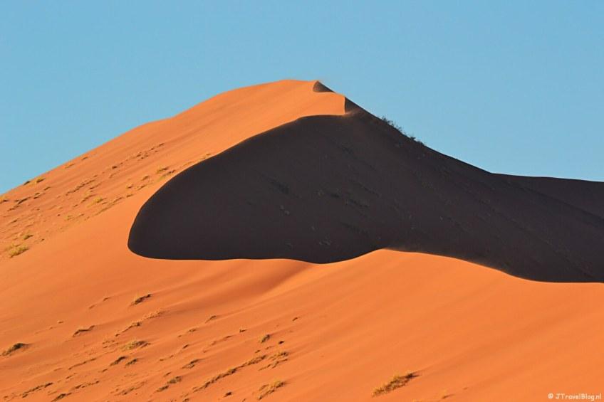 De rode zandduinen van de Sossusvlei