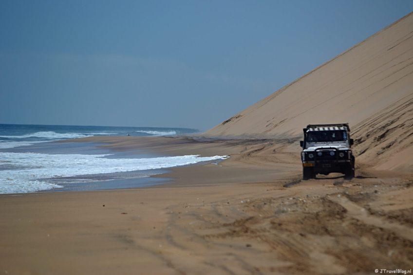 Langs de zee tijdens de Living Desert Tour in de duinen bij Walvis Bay