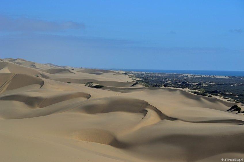 Zandduinen tijdens de Living Desert Tour in de duinen bij Walvis Bay