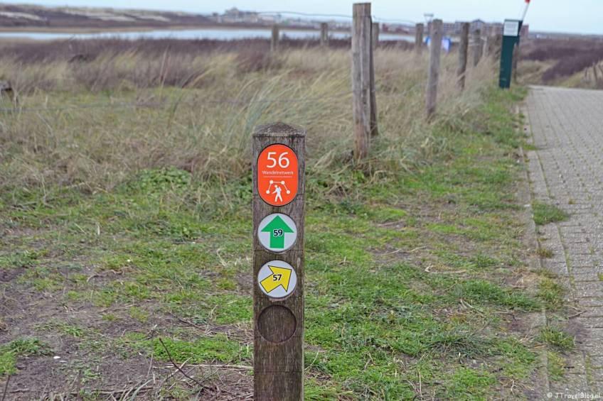 Wandelen in de duinen van IJmuiden: paaltje 56
