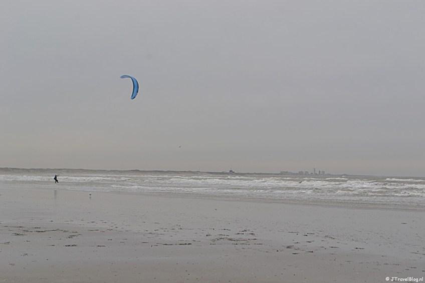 Wandelen in de duinen van IJmuiden: de zee