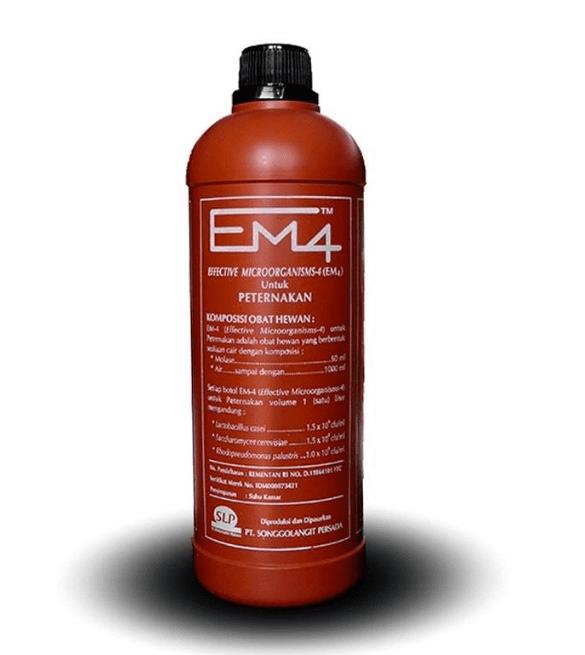 Fungsi EM4 bagi ternak ayam joper yakni memperbaiki dan meningkatkan kesehatan ternak | Fungsi EM4