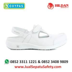 carin-wht-jual-sepatu-medis