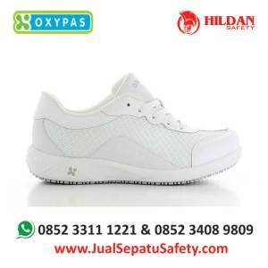 ivy-wht-jual-sepatu-ruang-operasi