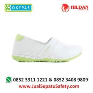 suzy-lgn-jual-sepatu-ruang-bedah