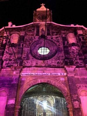 Dia de muertos en MIxquic - Fachada de la iglesia