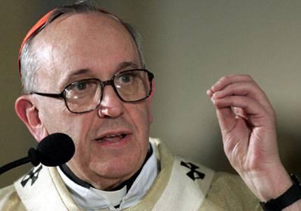 El Papa Francisco es un gran orador que utiliza el gesto para reforzar su verbo