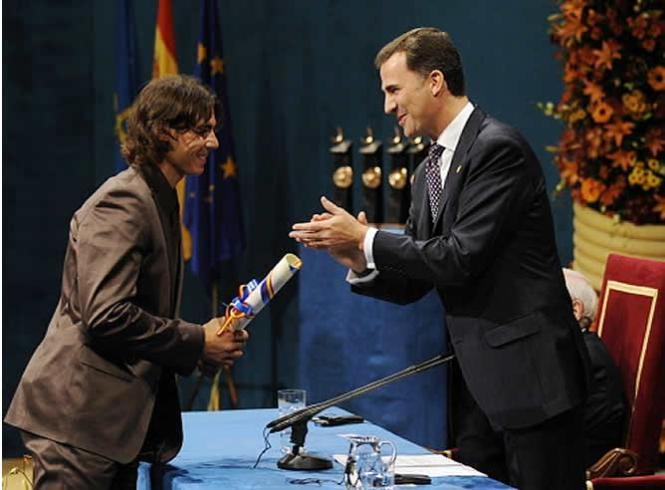 Nadal-recoge-el premio-Príncipe de Asturias