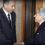 El primer ministro esloveno cumplimenta al Emperador