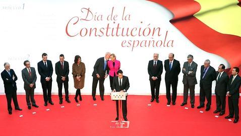 Una presidencia que parece una grada del Santiago Bernabéu. Foto: Ernesto Agudo