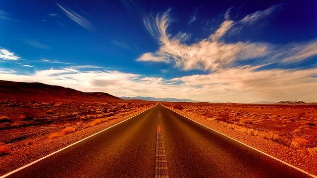 carretera recta y llana