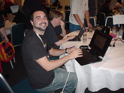 Juanje en la Ubuntu Developer Summit de Sidney 2005