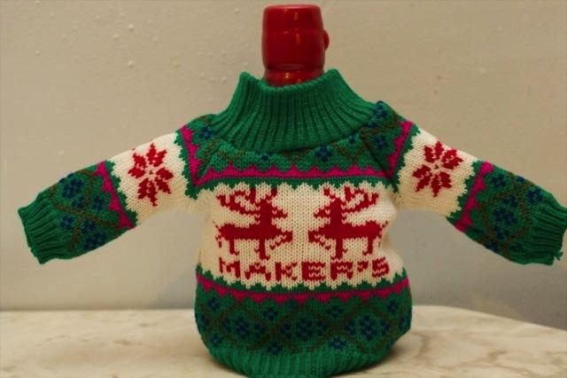 Maker's Mark bottle wearing a sweater